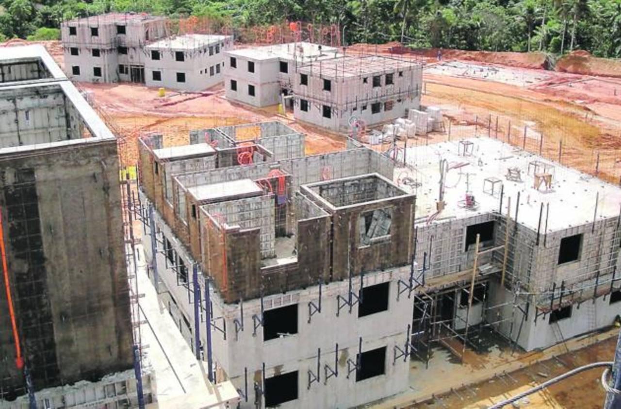La falta de vivienda es uno de los retos más grandes que enfrenta la región. Foto EDH