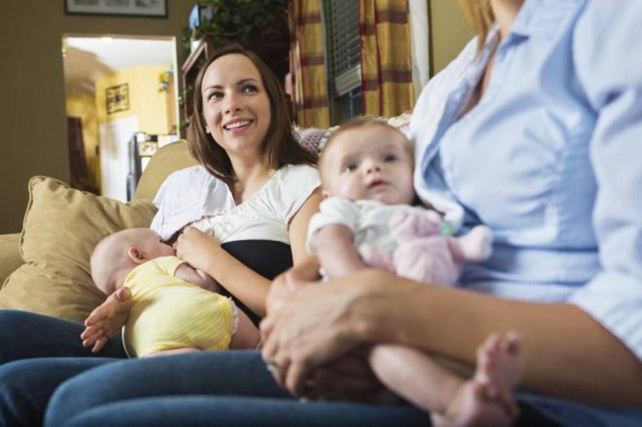 Amamantar: un derecho materno o violación a las leyes