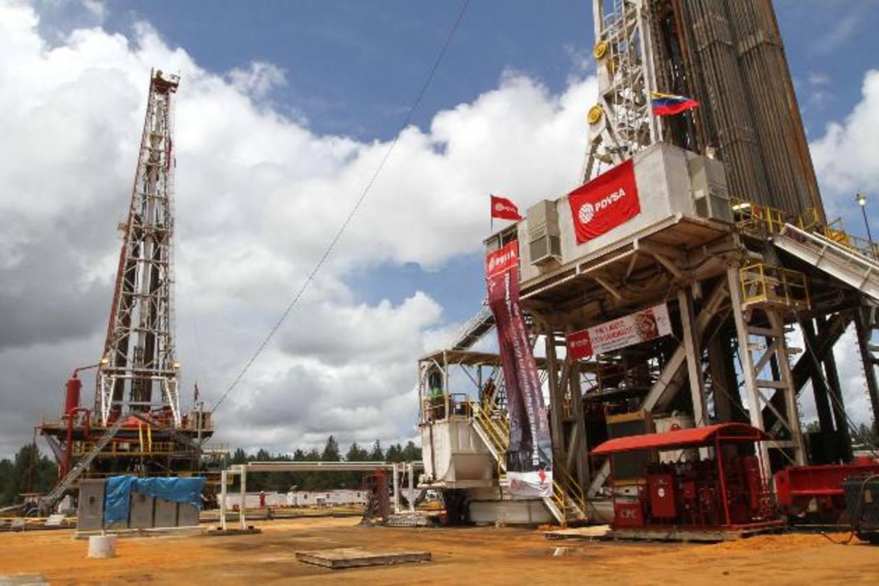 PDVSA tiene una crisis de ingresos debido a compromisos de largo plazo y la caída de precios del crudo. foto edh