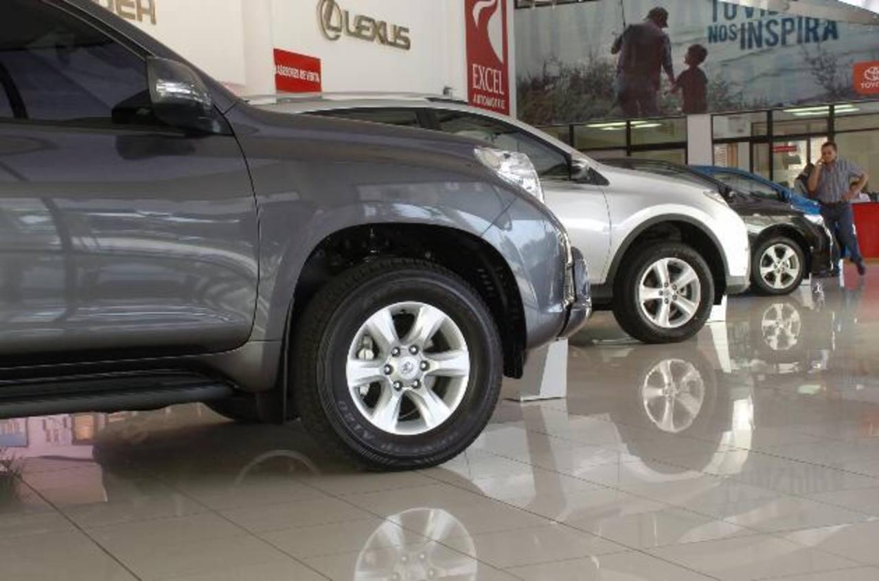 La importación de vehículos en general disminuyó este año en El Salvador, al pasar de $89.9 millones a $82.7 millones, según el BCR.