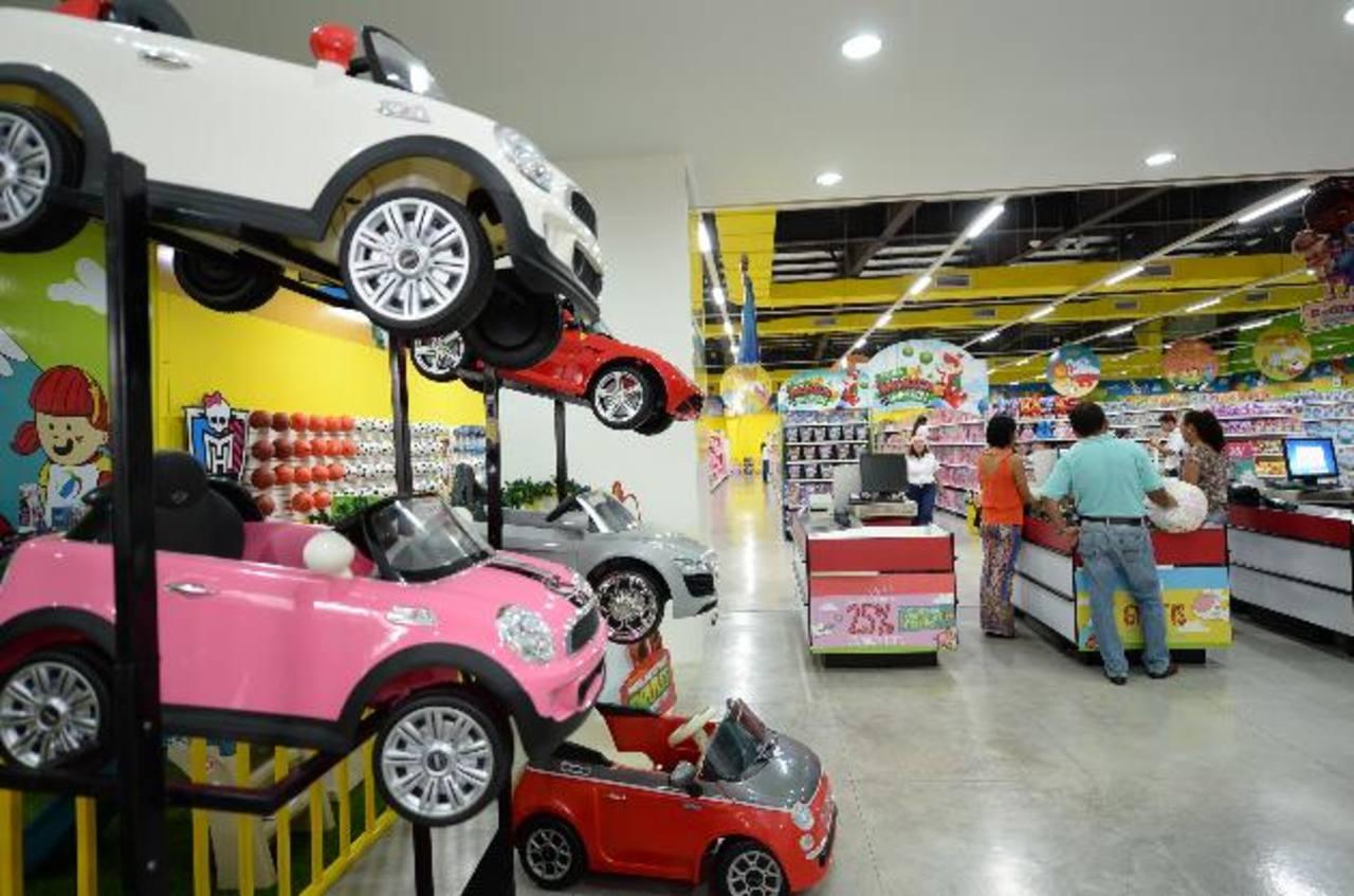 Con la apertura de Juguetón, sucursal Multiplaza, Juguesal consolida su presencia en el mercado salvadoreño.