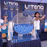 La lotería nacional reconoció a la cooperativa Coopas por su trayectoria. foto edh /Mario Díaz