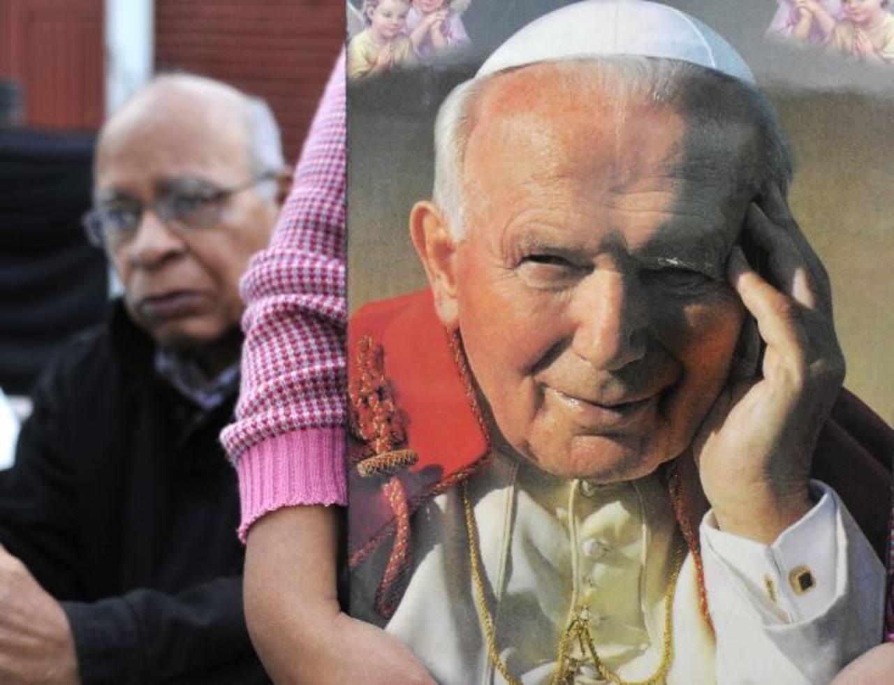 Cardenal mexicano: Reconciliación entre EE.UU. y Cuba inició con Juan Pablo II