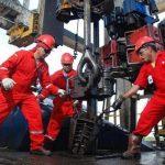 Las petroleras están buscando nuevas formas de extraer el petróleo y que sus costos sean bajos. foto edh / archivos