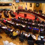 El dictamen de la Comisión de Hacienda del presupuesto extraordinario del Fomilenio II fue el último punto discutido por los diputados en la última plenaria de 2014. Foto EDH / mauricio cáceres