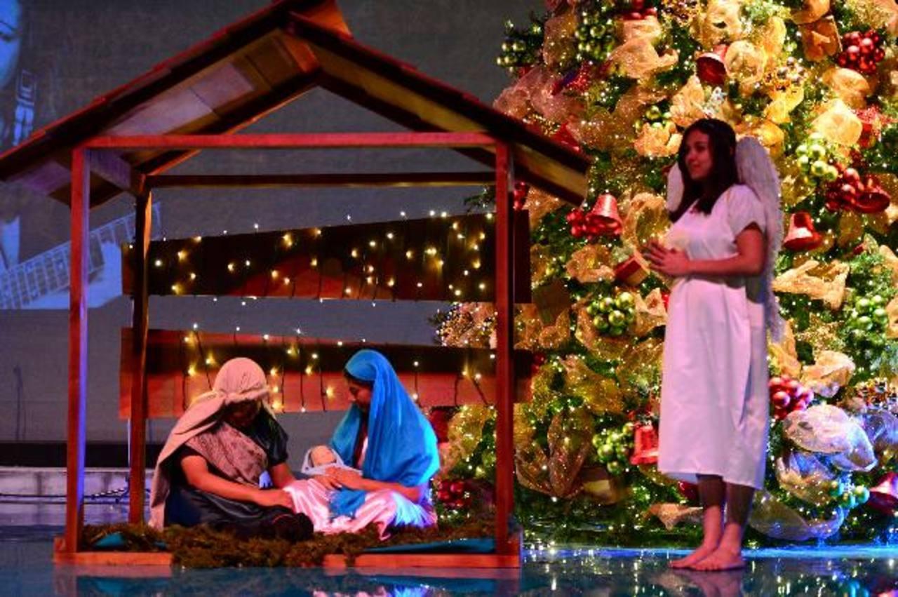 Alegre Navidad llena de villancicos y reflexiones