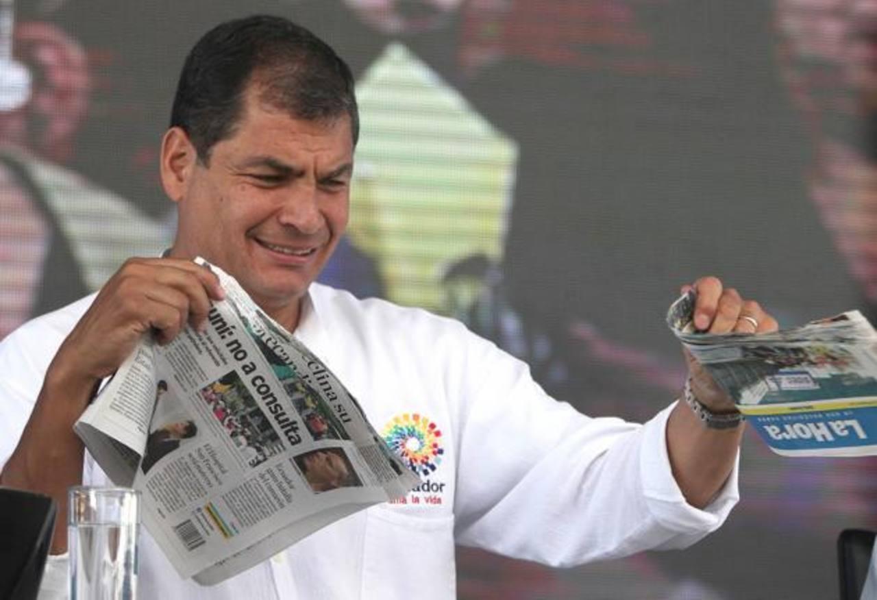 El País: en 2014, Correa intensificó acoso a medios