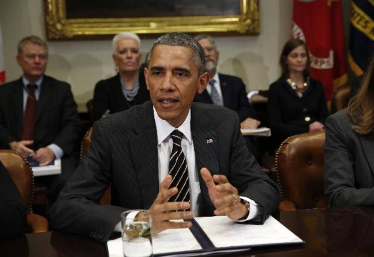 El presidente Barack Obama se reunió ayer en la Casa Blanca con sus asesores en la lucha contra el ébola. Foto edh /Reuters