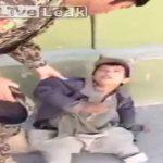 VIDEO: El fraude del niño sin piernas que pedía limosna en la calle