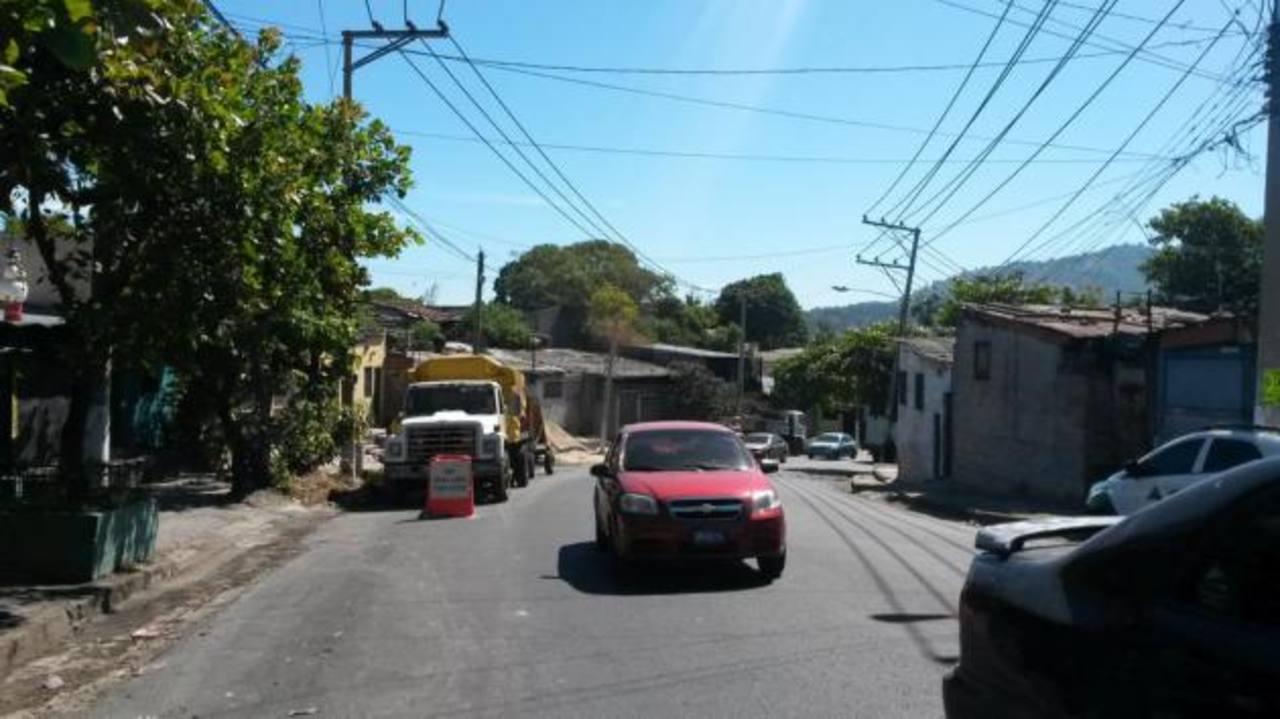 Hoy inicia ampliación de calle Agua Caliente en Soyapango