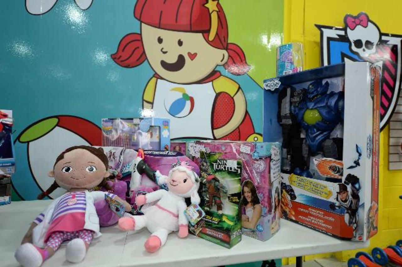Cada año llegan más de 10 mil juguetes nuevos a Juguetón.
