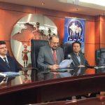 Autoridades del ISSS brindaron conferencia de prensa.