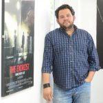 El artista Arturo Menéndez ha realizado estudios sobre dirección y producción de cine en el exterior. Actualmente, su trabajo está trascendiendo fronteras.