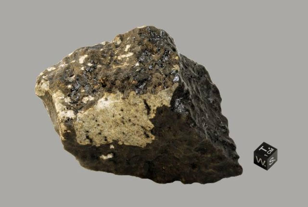 """Tissint es un meteorito marciano que cayó en la provincia de Tata en el Guelmim-Es Semara, región de Marruecos.""""San Pedro arrepentido"""", óleo sobre tela en gran formato. Foto EDH"""