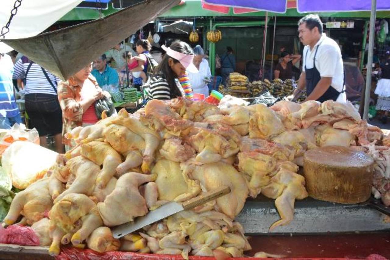 Los vendedores del mercado Central dicen que se ha incrementado la venta de este producto. Fotos EDH/Mario Amaya