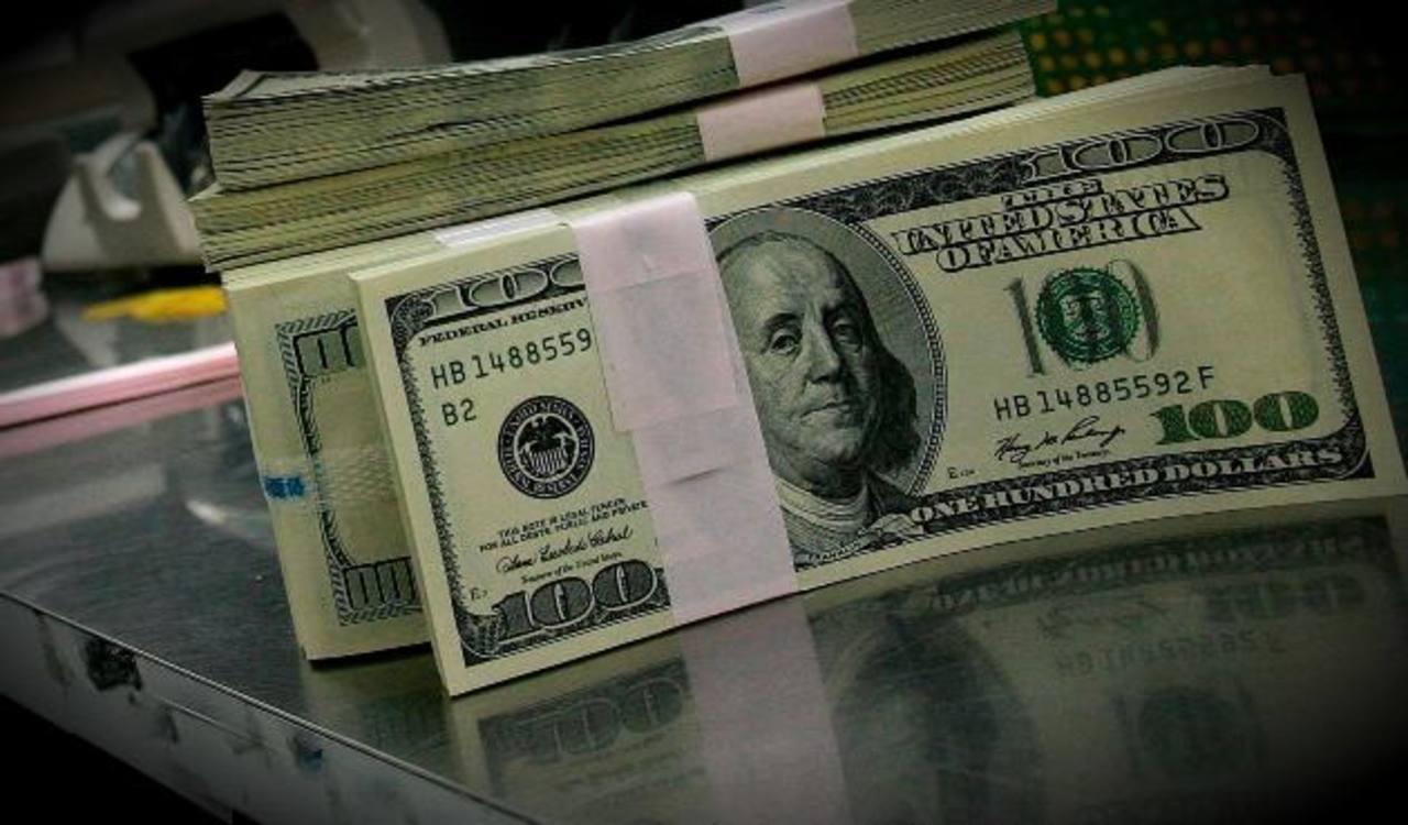 Los nuevos impuestos han logrado que algunos empresarios frenen su inversión. foto EDH