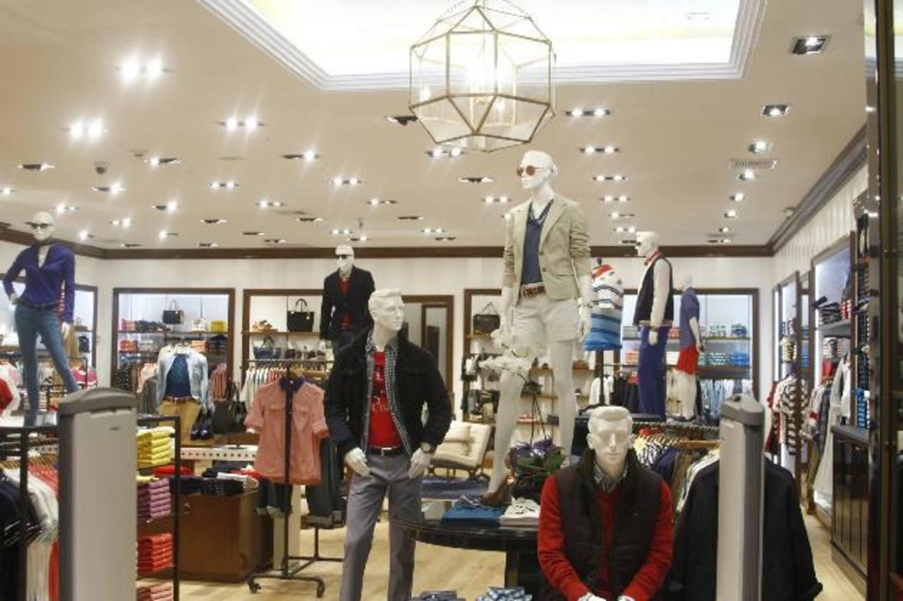 La tienda Tommy Hilfiger cuenta con una amplia variedad de ropa para damas y caballeros. foto edh / Cortesía