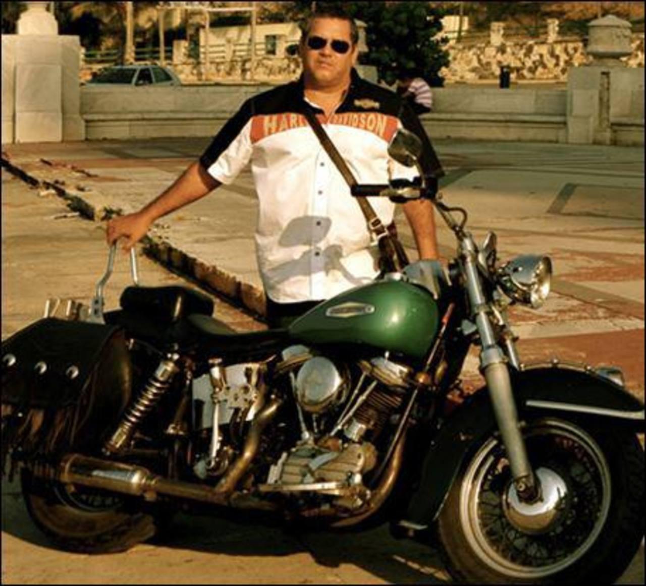 Un hijo del Che Guevara ofrece viajes turísticos en Harley-Davidson por Cuba