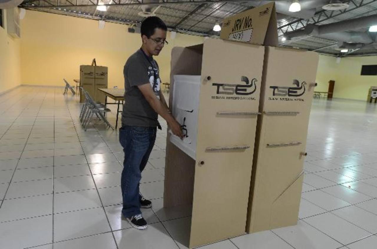 Presidente aprueba que TSE decida cómo aplicar el voto cruzado