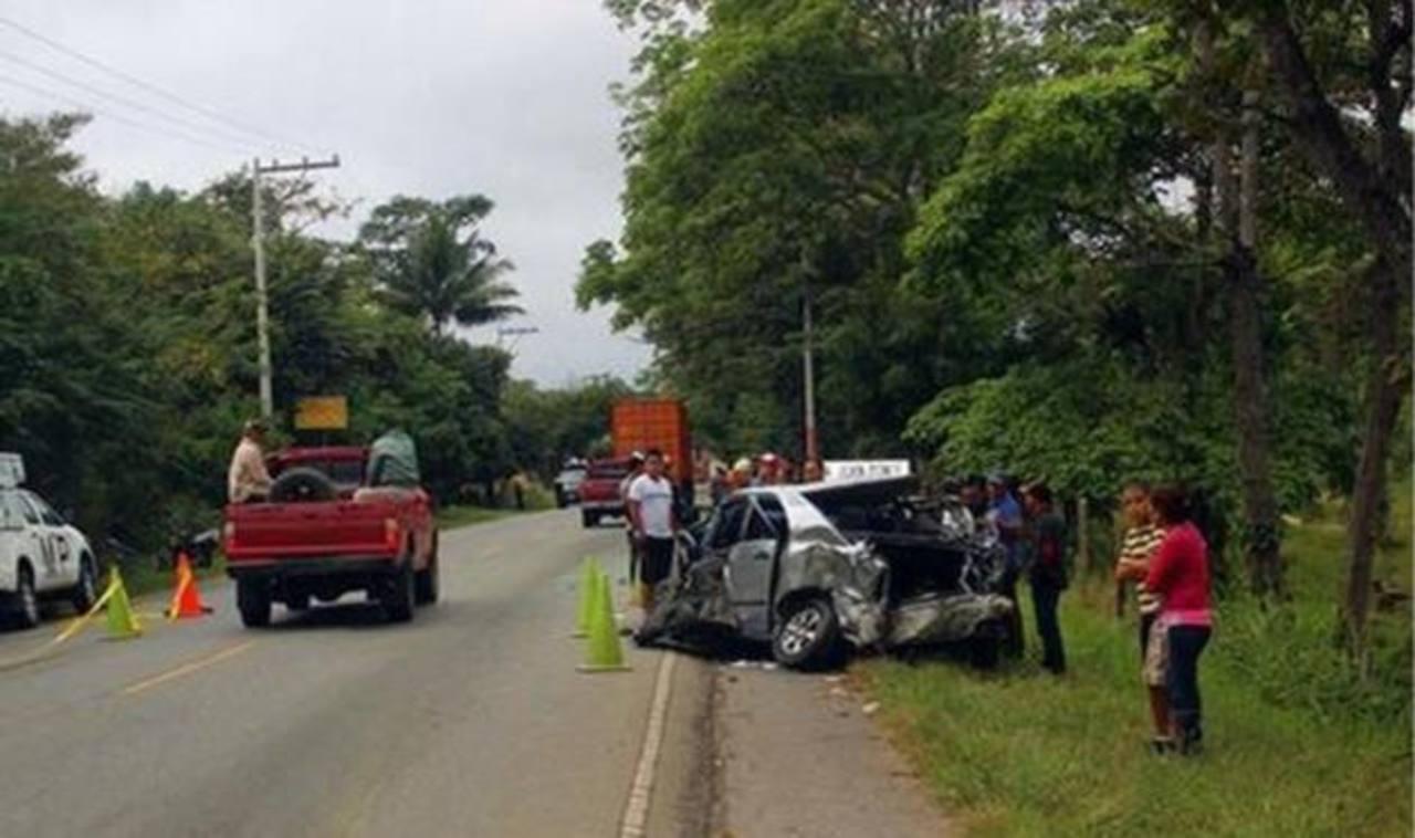 Alcalde salvadoreño lesionado en accidente donde murieron 2 de sus tías en Guatemala