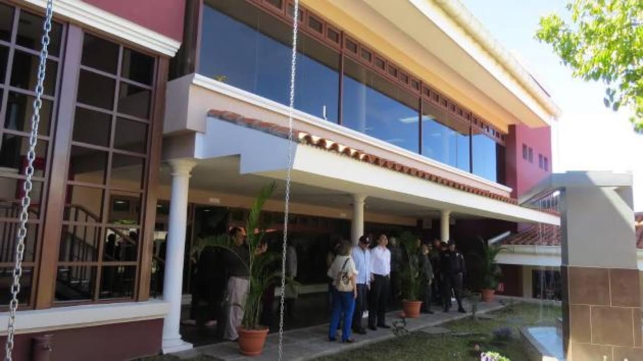 Las nuevas oficinas permitirán agilizar los trámites de las parcelas. Foto edh / Roberto Zambrano