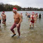 Fotos: Nadadores desafían el frío en Alemania