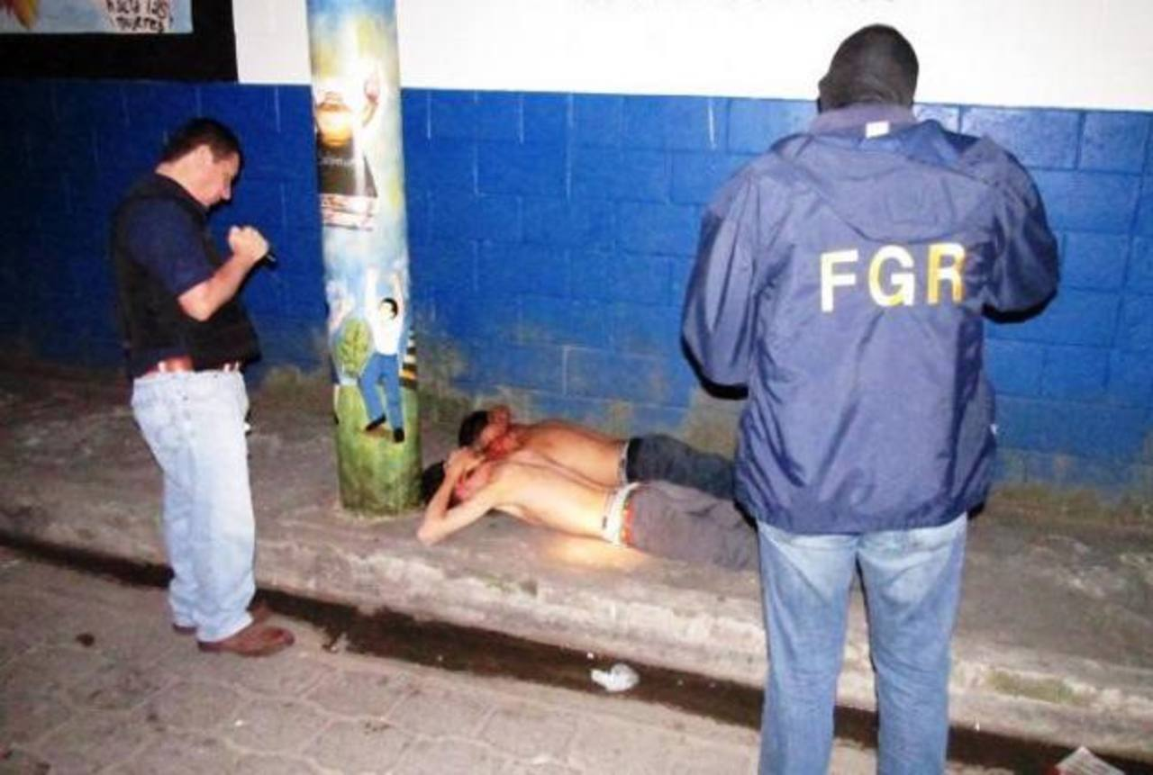 Los arrestos se realizaron en varios cantones del municipio de San Rafael Cedros y otros aledaños. Foto EDH / Fiscalía