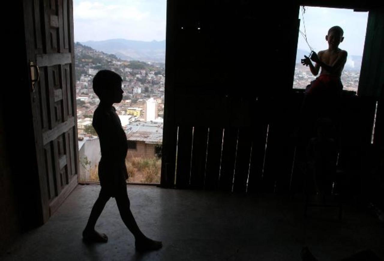 La pobreza afecta a más del 60 % de los 8.5 millones de habitantes que tiene el país. foto edh / Archivo