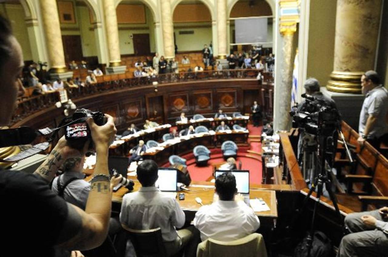 El Senado uruguayo aprobó ayer la Ley de Medios y pasará a estudio de la Cámara de Diputados. foto edh / archivo