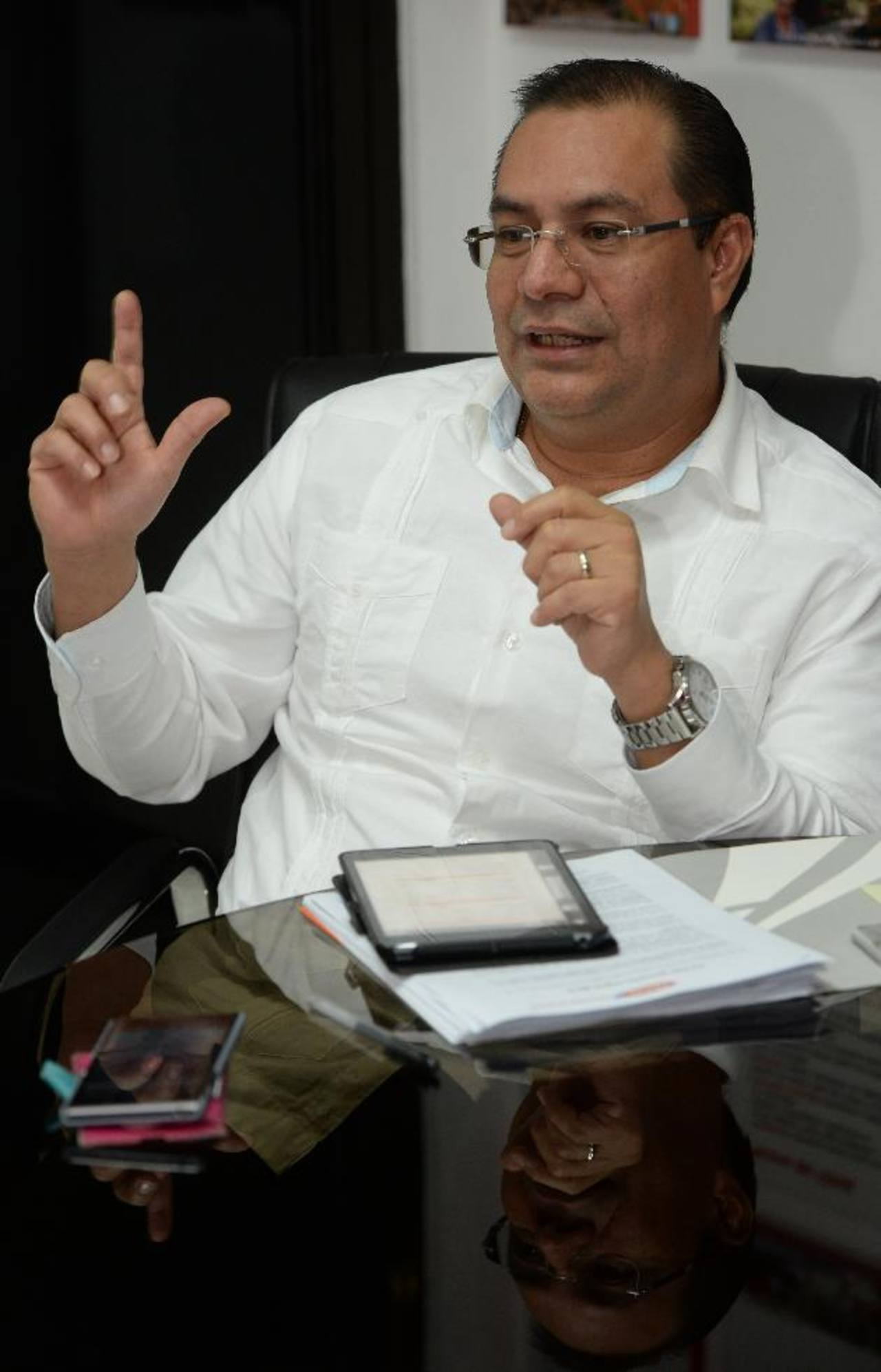 Rivas aseguró que Fovial innova cada año e inicia con una buena planificación. edh / JAIME Anaya