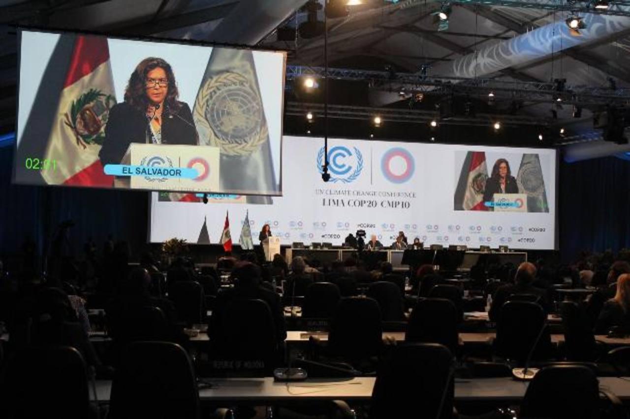 Lina Pohl, ministra de Medio Ambiente, durante su discurso en la COP20 de Lima el pasado 10 de diciembre. Foto EDH / Archivo