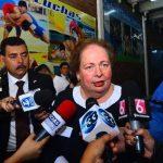 Embajadora de Estados Unidos Mari Carmen Aponte reveló ayer que El Salvador ha sido sancionado. Foto EDH/ archivo.