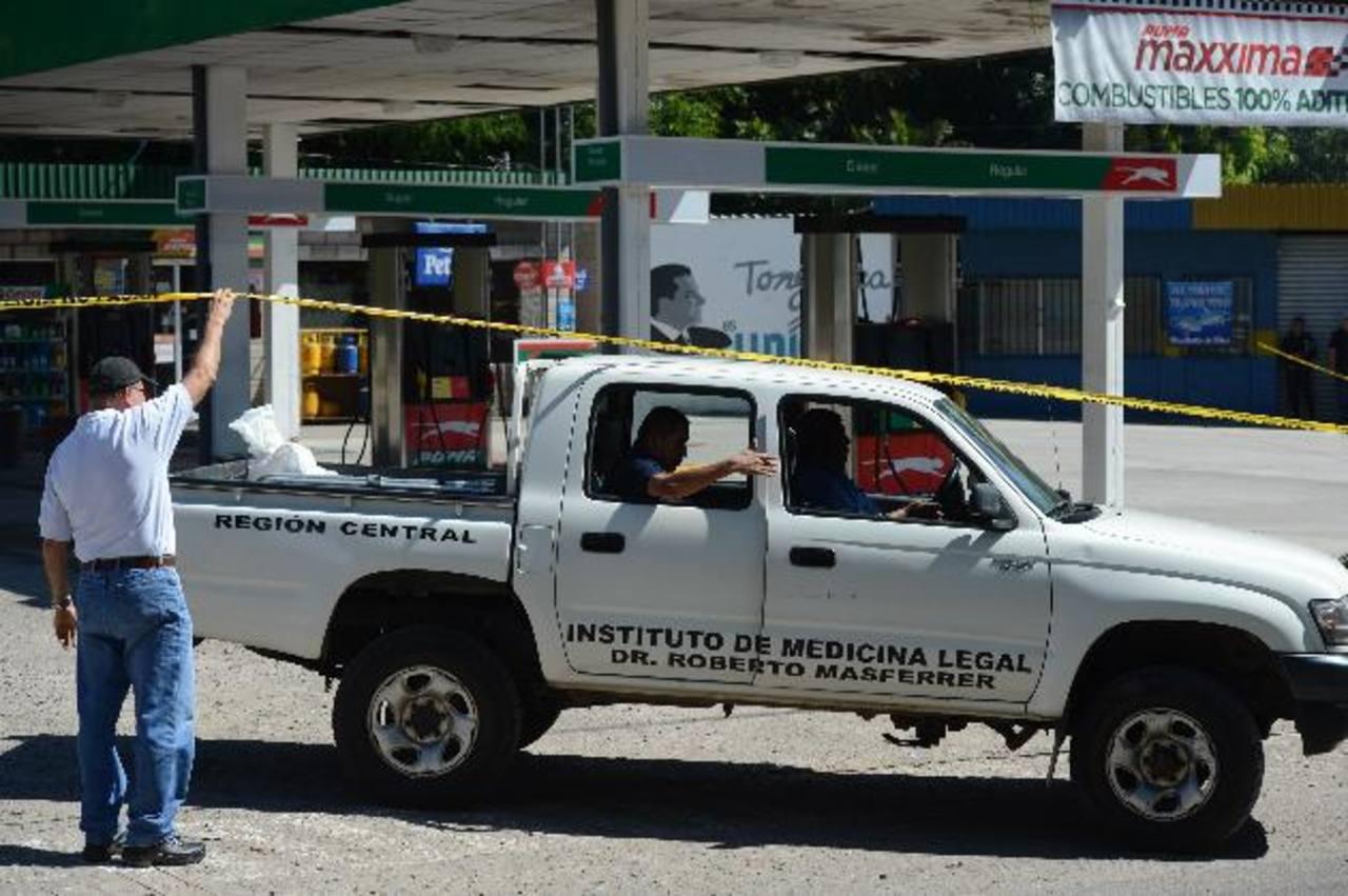 Luis Barillas fundó la gasolinera de San Pablo Tachico hace más de una década. Foto EDH / Douglas Urquilla