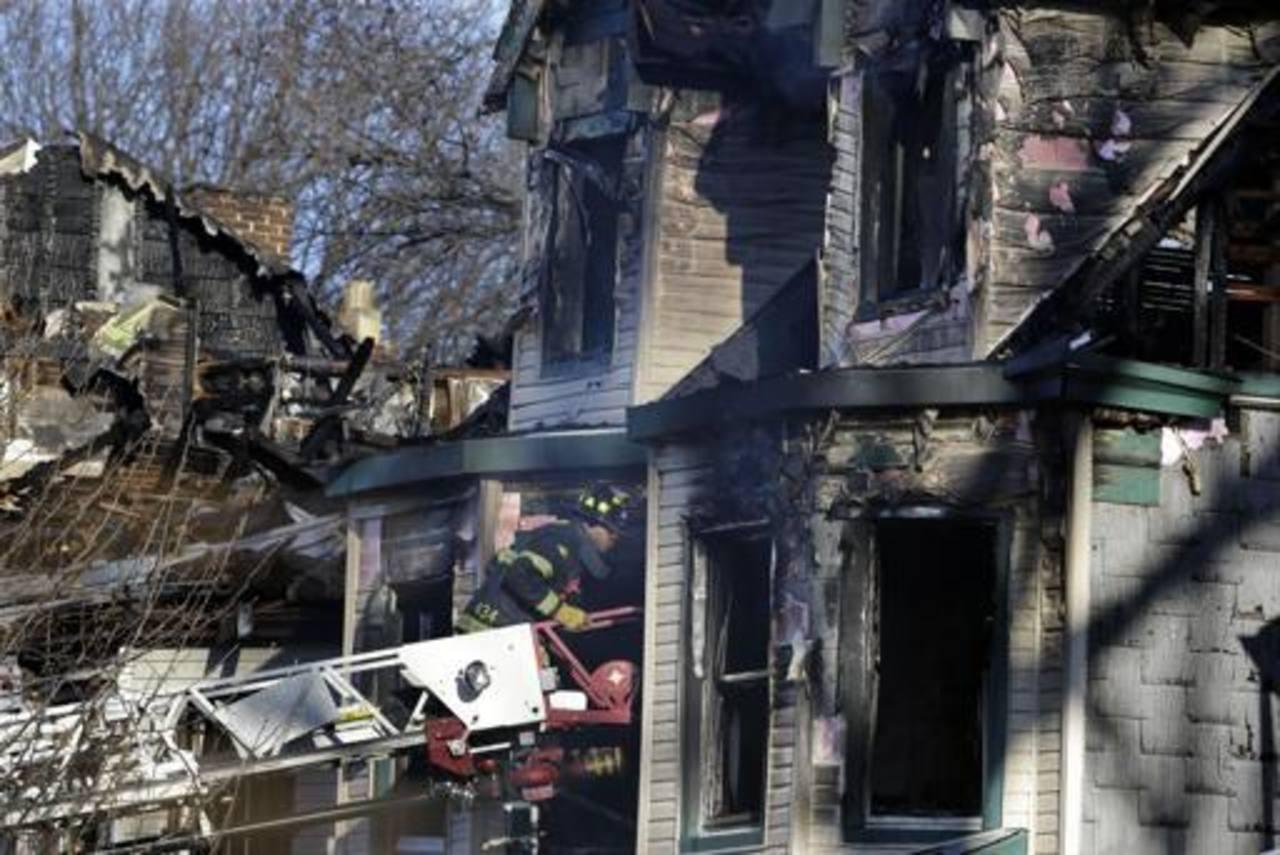 Mueren 5 personas por incendio en Nueva Jersey