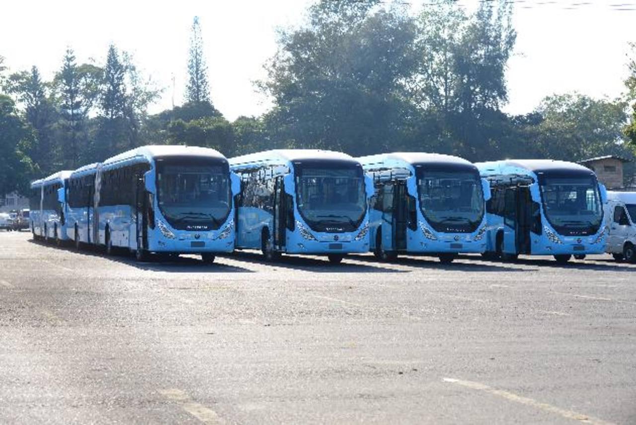 En febrero, Sipago ya tenía una flota de 37 buses para el Sitramss. Solo 30 unidades iniciarán con la operación del sistema en marzo de 2014.