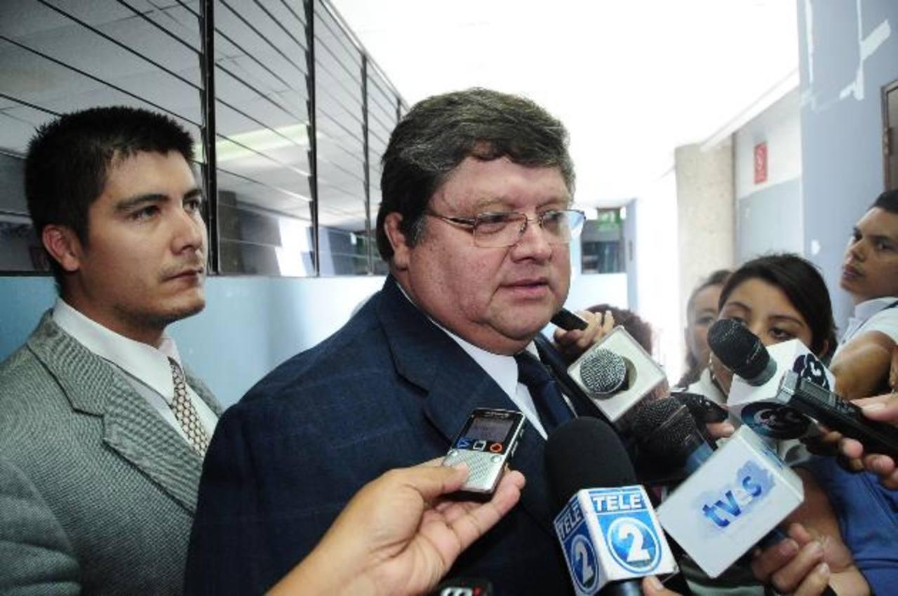 Exministro de Defensa, Otto Romero, dijo que están preocupados por los hechos que rodean al Ipsfa. Foto EDH / Archivo.