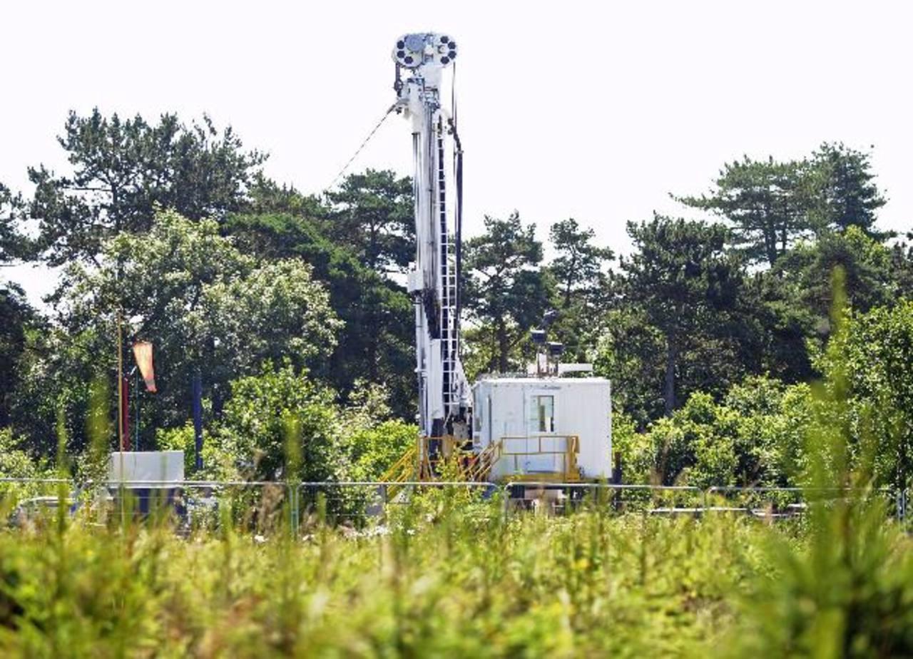 La producción de esquisto ha aumentado el inventario de petróleo. Foto EDH