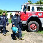 Los gemelos prestan su servicio en la base de Usulután, atentos para enfrentar emergencias.
