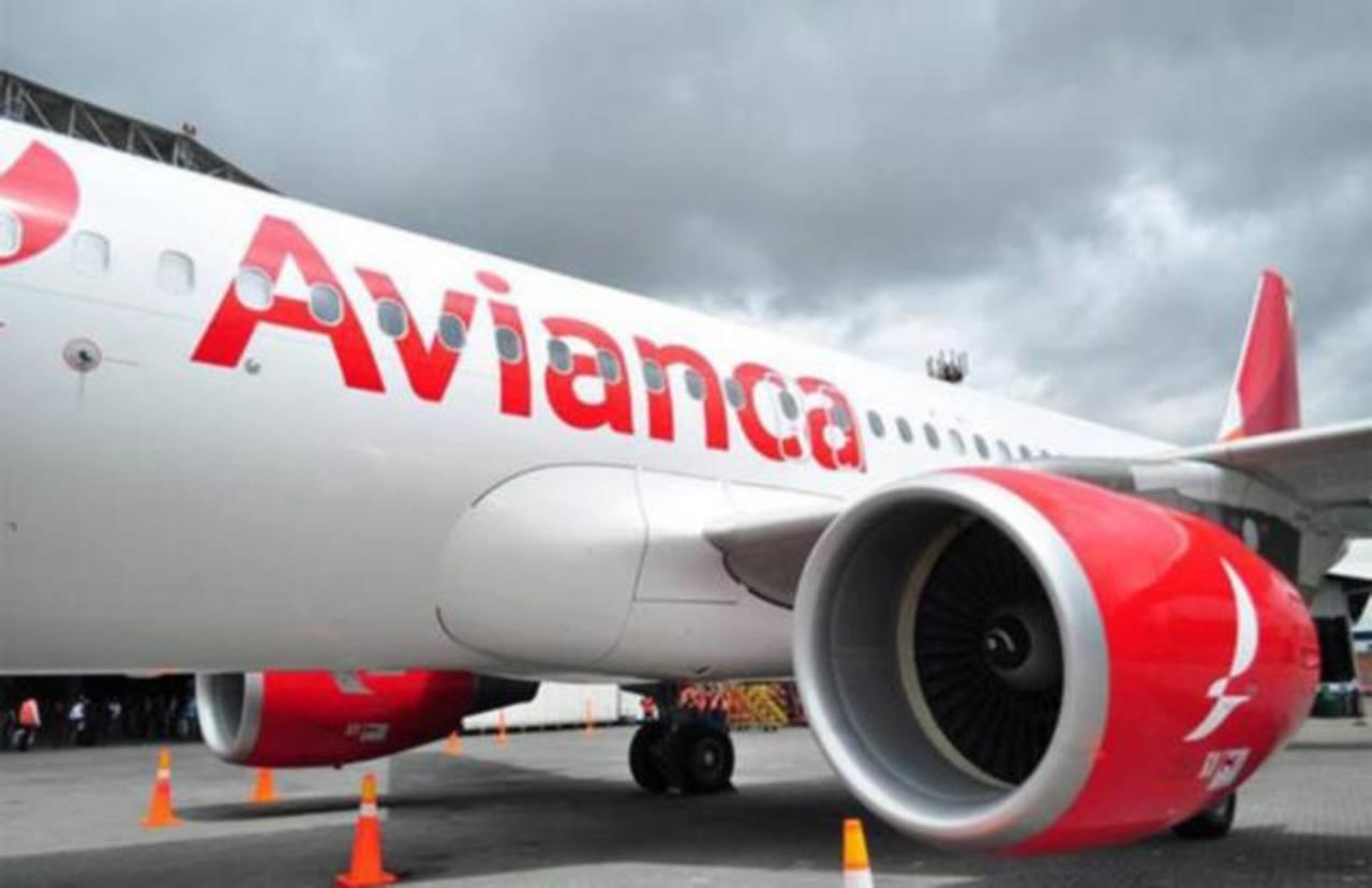 Se espera que otros tres aviones iguales aterricen en El Salvador en los próximos días.