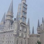 VIDEO: Construyen en China universidad muy parecida a la escuela de Harry Potter