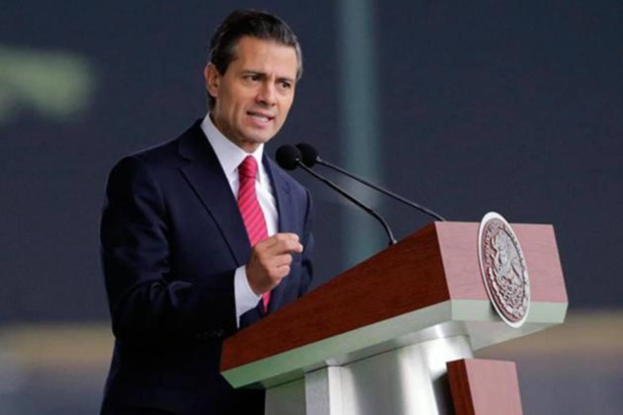 Presidente de México compró una casa de 560 metros cuadrados por 13 dólares
