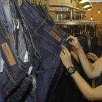 """El """"jean"""" sigue siendo de importancia en la industria textil y de la confección, según los expertos de Colombiatex."""