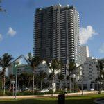 """El hotel Setai, con 120 habitaciones, está ubicado en Collins Avenue, el corazón del distrito """"art-déco"""" de South Beach."""
