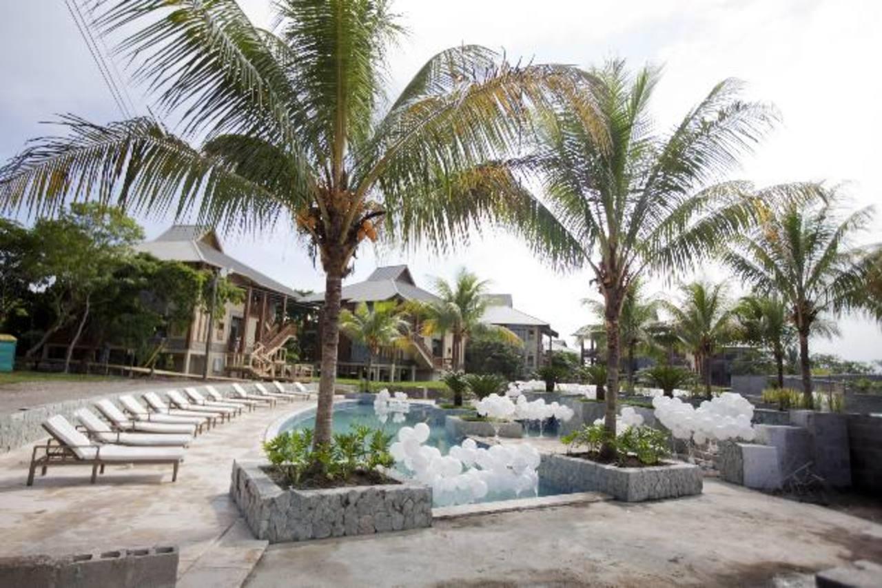 Vista general del complejo Indura Beach & Golf Resort, donde los presidentes de El Salvador, Guatemala y Honduras se reunirán mañana.