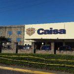 Fachada de la empresa Caisa, que produce cajas de cartón en la Zona Franca Santo Tomás, en la carretera al aeropuerto de Comalapa.