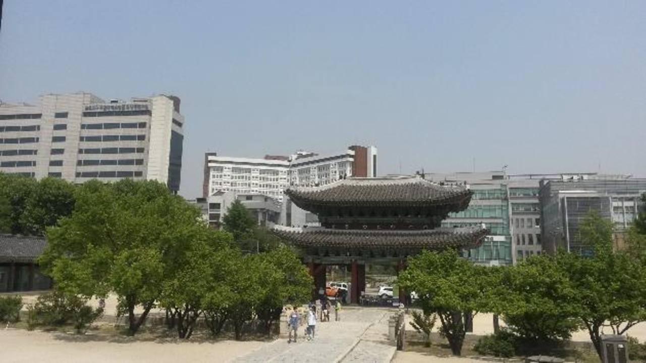 Corea del Sur es el segundo país del mundo con más horas laborales anuales trabajadas (2.163), después de México ( 2.237), según la OCDE. foto EFE.