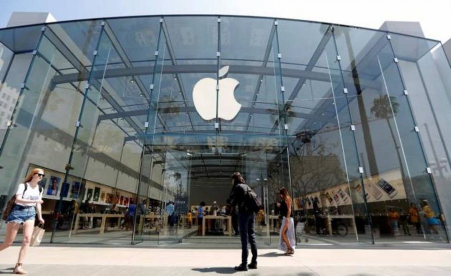 Apple alcanzó un valor de $122 por cada acción emitida en Wall Street y se convirtió en la más capitalizada. fotoAP.