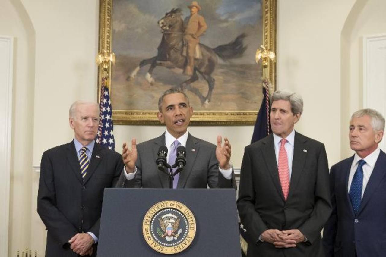 El presidente de Estados Unidos, Barack Obama (c), junto al vicepresidente de EE. UU., Joe Biden (i), y el secretario de Estado de EE. UU., John Kerry (2d) y el secretario de Defensa de EE. UU., Chuck Hagel (d). foto edh / efe