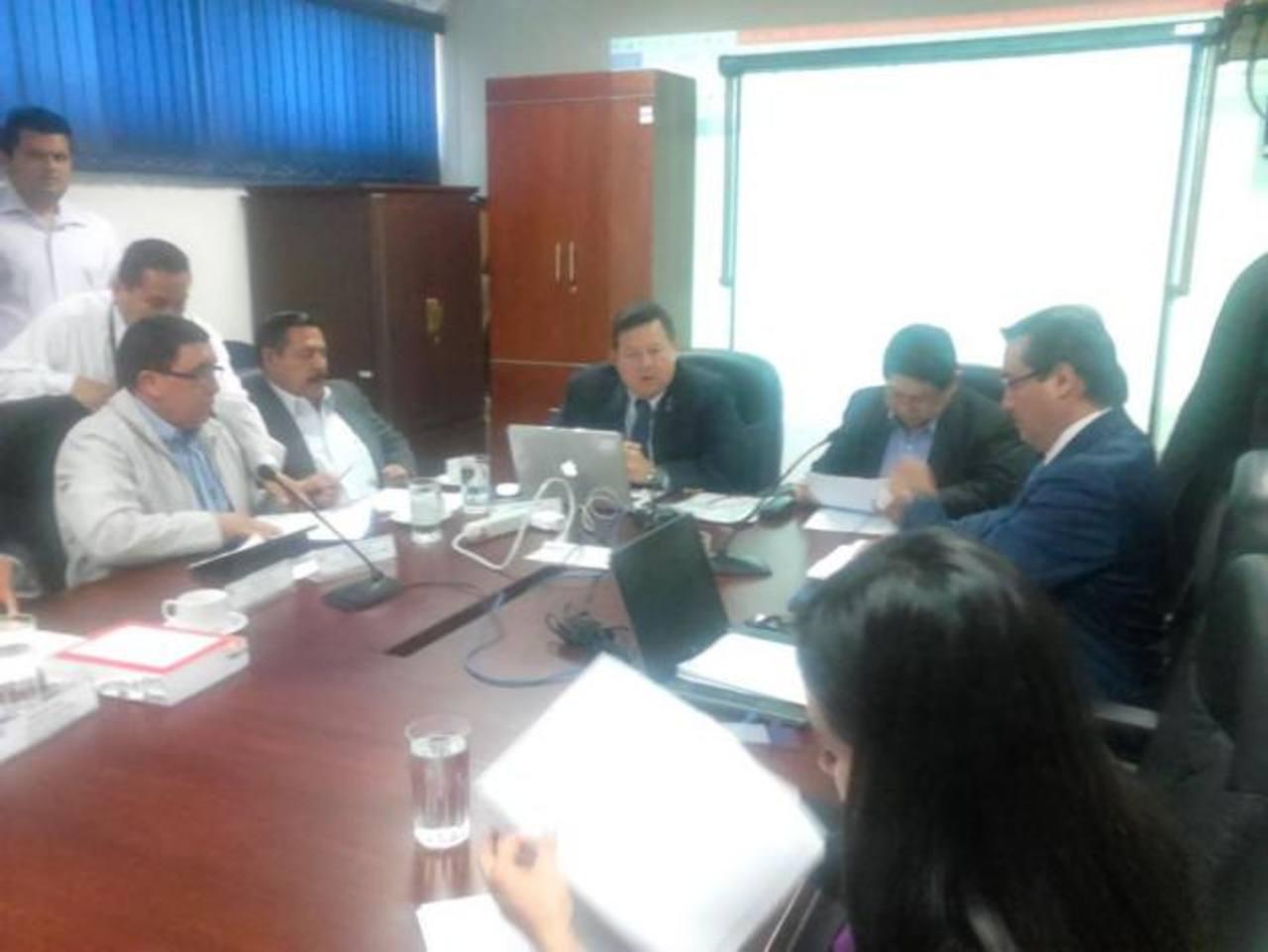 Fiscalía investiga extorsión de $50 Mlls. a escala internacional