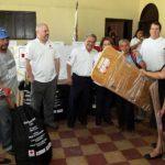 La entrega de equipos se realizó la semana anterior. Foto EDH / Cortesía